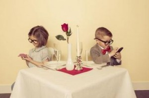 Dating Advice - Stop Phubbing on a date